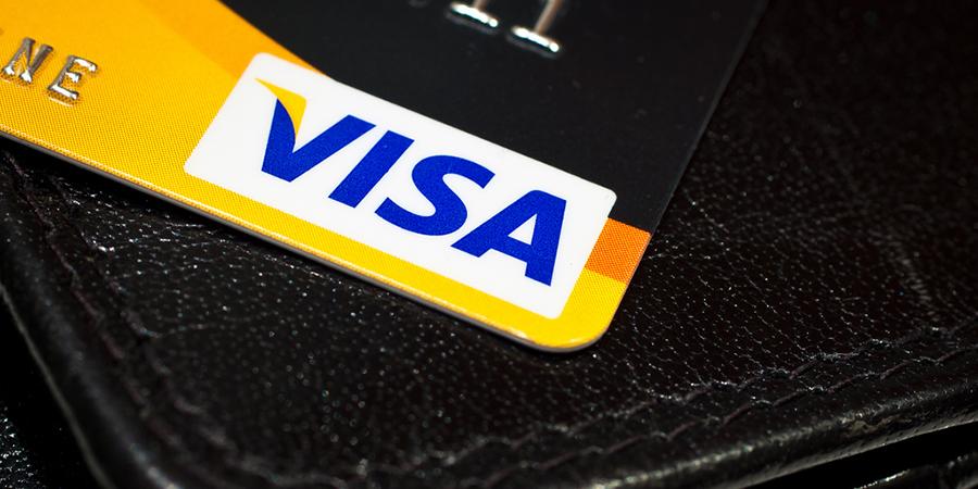 Visa Europe, l'avion C919, la cocotte-minute SEB… L'actu biz du mardi 3 novembre