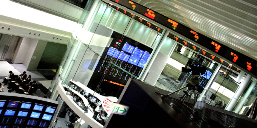 Marché: Les bourses débutent dans l'optimisme après des européennes mi-figue mi-raisin
