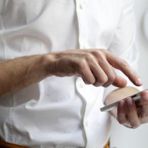Tech: Le RCS, remplaçant du SMS, désormais disponible en France