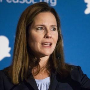 Etats Unis: Amy Coney Barrett à la Cour suprême
