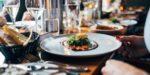 Coronavirus: les restaurants restent ouverts en zone d'alerte maximale avec un protocole renforcé